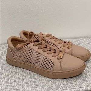 Kenneth Cole Sneakers size 7.5